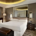 sheraton-london-park-lane-hotel-club-rooms-breakfast