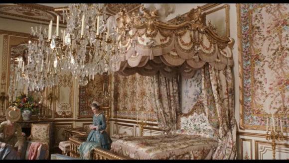 Marie-Antoinette--kirsten-dunst-188540_1020_576